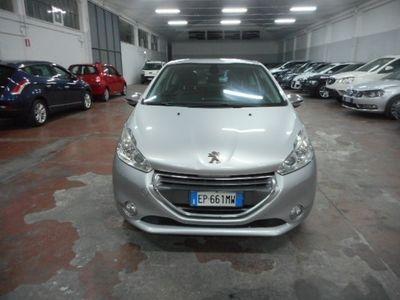 gebraucht Peugeot 208 1.4 VTi 95CV 3p. Allure - NAVY + PELLE -