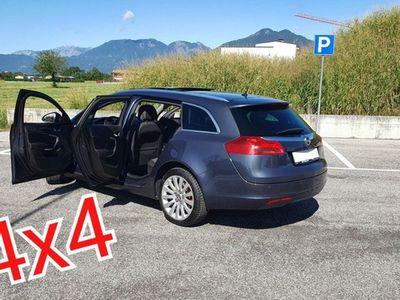 usata Opel Insignia 2.0 CDTI 4x4 (CAMBIO MANUALE)