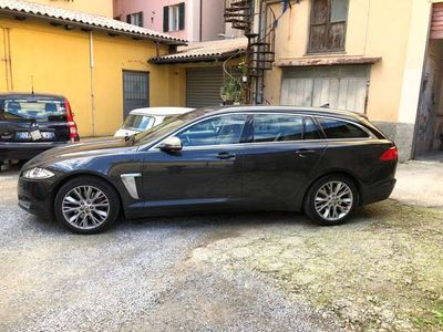usata Jaguar XF Sportbrake 2.2 D 200 CV Premium Luxur