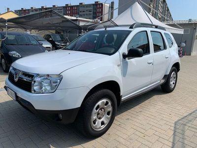 usata Dacia Duster 1.6 110 CV 4x2 Lauréate