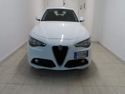usado Alfa Romeo Giulia 2.2 Turbodiesel 150 CV Autom-Business-Navi-1Propr