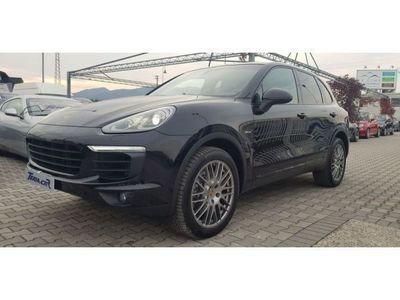 usado Porsche Cayenne 3.0 Diesel nazionale conto vendita unipro. iva esp.
