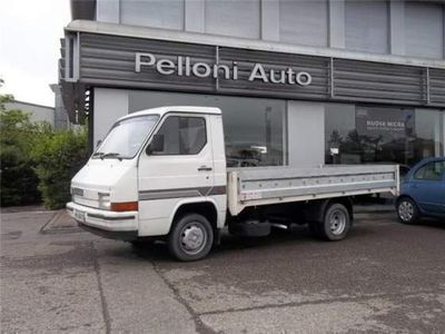 usata Nissan Trade 2.8 DIESEL KM 170.000 MOTORE OK