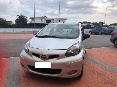 usata Toyota Aygo 1.0 CC 5 PORTE 84000KM - 2009