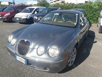 usata Jaguar S-Type 2.7 diesel V6 Executive del 2005 usata a Roma