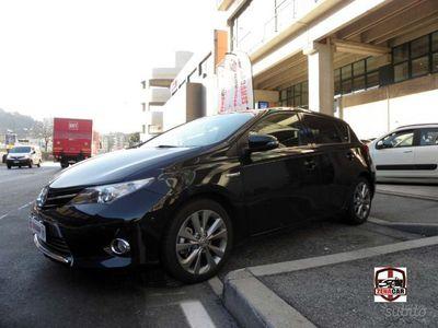second-hand Toyota Auris Hybrid Auris 1.8 Hybrid Lounge