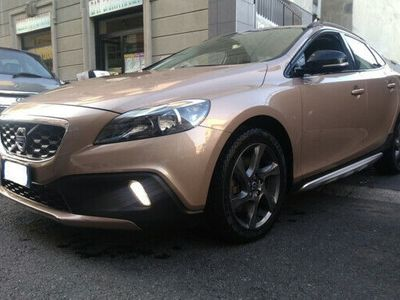 used Volvo V40 CC Cross Country D3 Summum