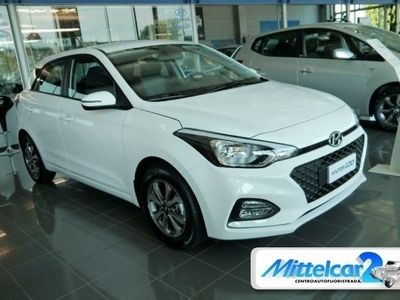 usado Hyundai i20 1.2 FL MPI 75CV TECH + CONNECT PACK