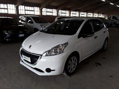 usado Peugeot 208 1.4 8V HDi 68CV 5p. Van