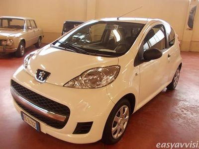 usata Peugeot 107 3p. desir benzina due volumi bianco