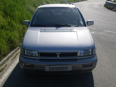 usata Hyundai Santamo 2.0i 16V cat Max 7 POSTI