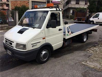 usata Iveco Daily turbo 35.10 carro attrezzi