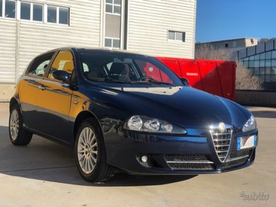 usado Alfa Romeo 147 1.6 benzina 120cv euro 4