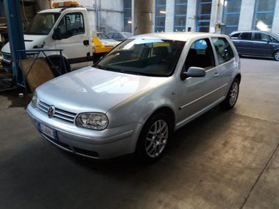 usata VW Golf IV TDI 101 CV TOP COMENUOVO 3 PT CONFORT
