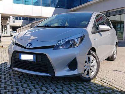 usata Toyota Yaris 1.5 Hybrid 100 cv 5 porte ECVT Lounge