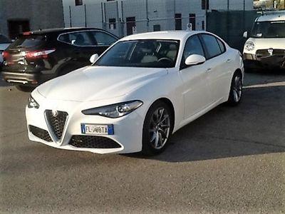 "gebraucht Alfa Romeo Giulia 2.2 T.DIESEL AT8 SUPER XENO LED LEGA 18"" TURBINA"
