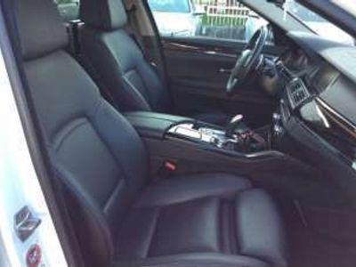 usata BMW 528 i xDrive Touring Luxury Benzina