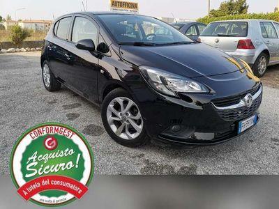 usata Opel Corsa 1.2 5 porte 24000km Cosmo