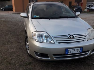usado Toyota Corolla 2.0 D4D euro 4