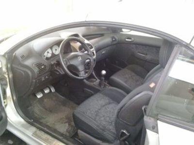second-hand Peugeot 206 CC Cabrio 16V usato