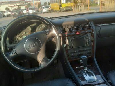 usata Audi A8 2.5 V6 TDI/180 CV cat quattro Tiptr.