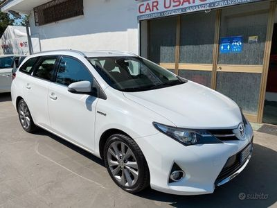 usata Toyota Auris 1.8 Hybrid 2014 - 197ooo KM