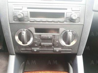begagnad Audi A3 Sportback 2.0 16V TDI quattro Attraction usato