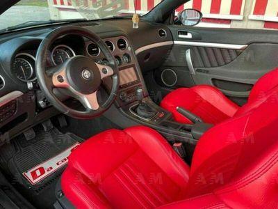 usata Alfa Romeo Spider 2.4 JTDm 210CV, PELLE ROSSA! LEGGI DESCRIZIONE!