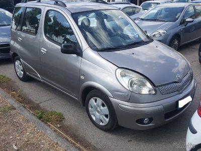usata Toyota Verso-S - 2006