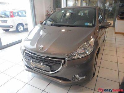 usado Peugeot 208 1.4 hdi 68 cv 5 porte active diesel
