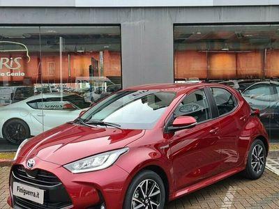 usata Toyota Yaris 1.5 Hybrid 5 porte Trend