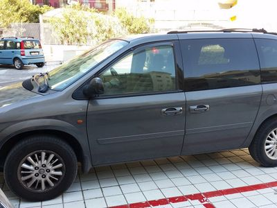 usata Chrysler Voyager 2.8 CRD LX automatico