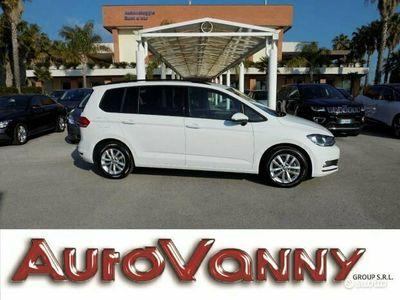 usata VW Touran 1.6TDI 110CV BUSINESS BLUEMOTION