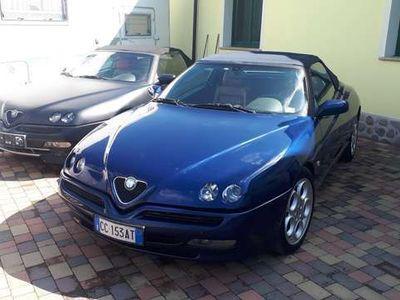 usata Alfa Romeo Spider 2.0i 16V Twin Spark disponibile blu e nera opaco