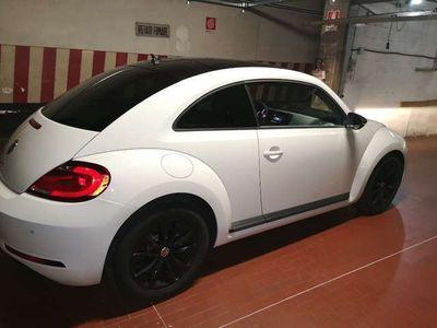 usata VW Maggiolino 2.0 TDI DSG Design BlueMotion