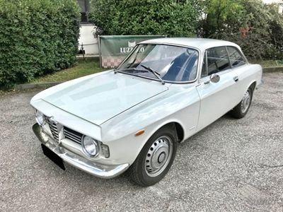 usado Alfa Romeo Giulia Sprint -GT Veloce 1600 (105.36)