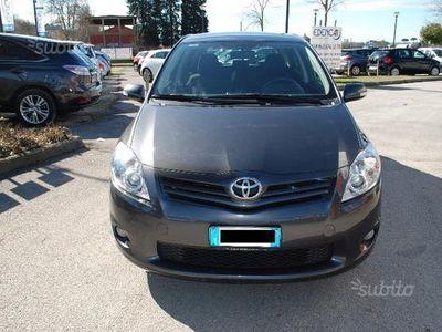 usata Toyota Auris 1.4 D-4D M-MT 5 porte Sol MY'08