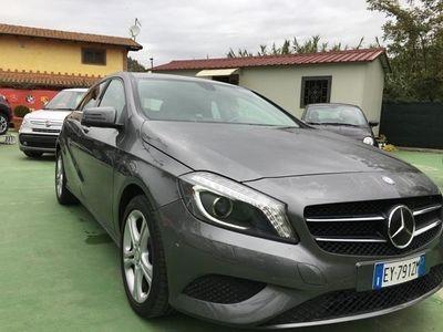 usata Mercedes A180 classecdi utomatic sport led diesel berlina automatico grigio chiaro