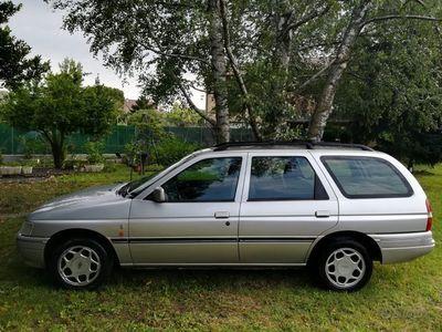 usata Ford Escort 16V Station Wagon Ghia 1600 Benzina Ve