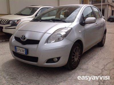 gebraucht Toyota Yaris 1.4 d-4d dpf 5 porte sol diesel