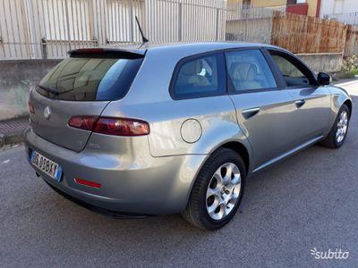 usata Alfa Romeo 159 1.9 diesel 120 cv anno 2009