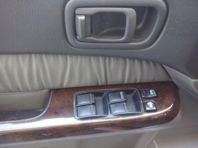 usata Nissan Patrol GR 3.0 TD Di 5 porte Elegance Wag *** POCHI KM ***