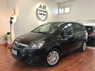 begagnad Opel Zafira 1.6 Eco-M Turbo Metano Uniproprietario