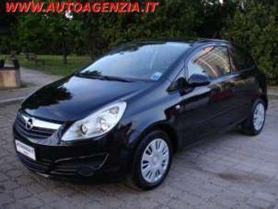 usata Opel Corsa 1.3 CDTI 75CV 3 porte INTERNI ROSSI Diesel