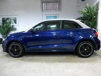 usado Audi A1 navi/bicolore/sensori di pacheggio/cerchi