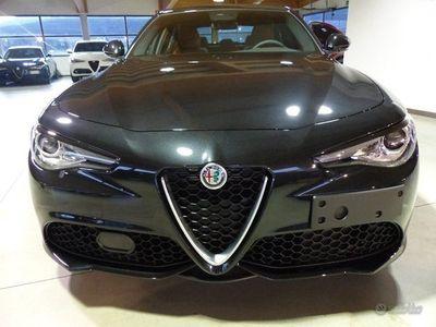 usata Alfa Romeo Giulia 2.0 Turbo 200 CV AT8 PACK VELO