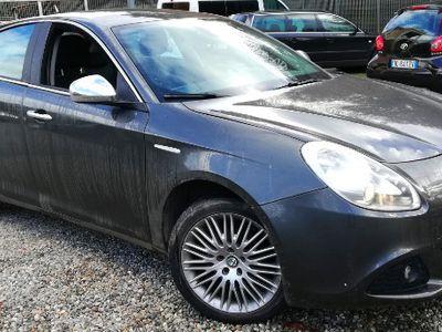 usata Alfa Romeo Giulietta 2012 Full Optional TRATTABILE