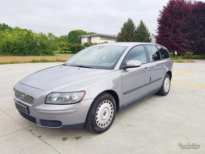 used Volvo V50 anno 2006 1.6 diesel perfetta come nuova