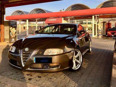 usata Alfa Romeo GT Q2 (leggere)