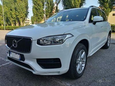 usata Volvo XC90 2.0 D5 awd kinetic 4x4